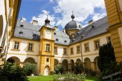 Schloss-Seehof-013